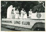 Brownsburg Centennial Parade: Queen's float